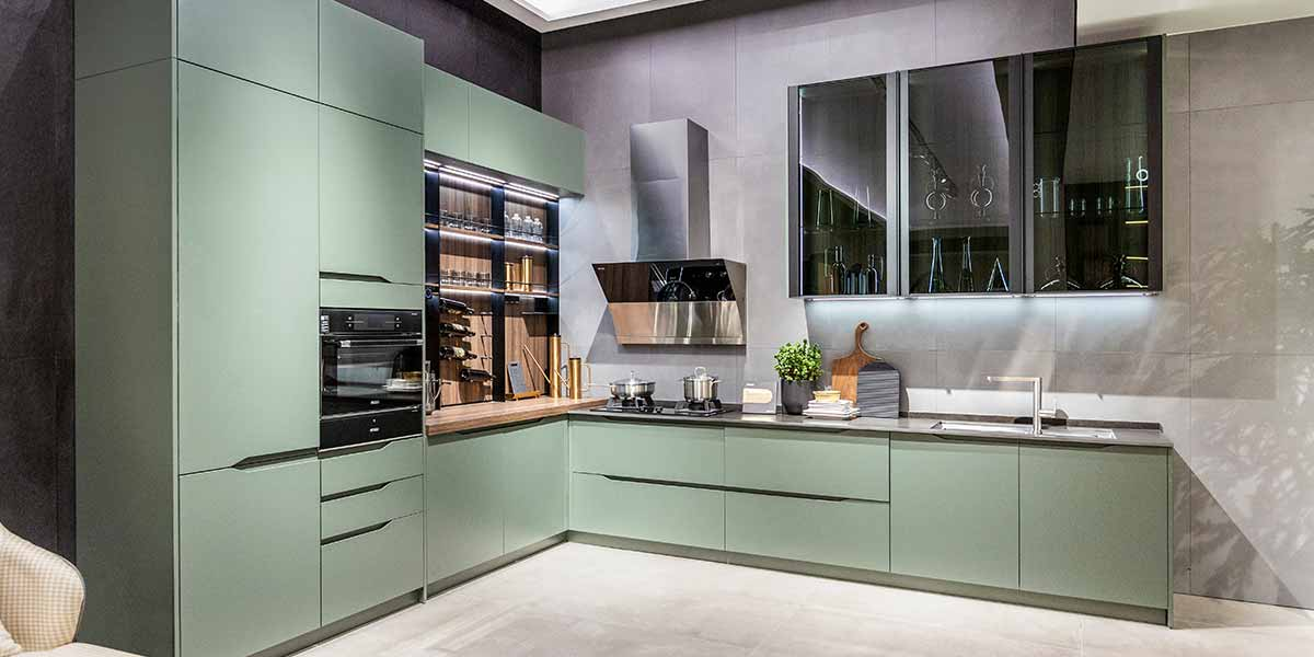 Green Lacquer Kitchen Cabinet with Handleless Design